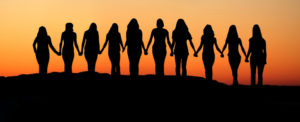 10-women-holding-hands-960x391-1422474333